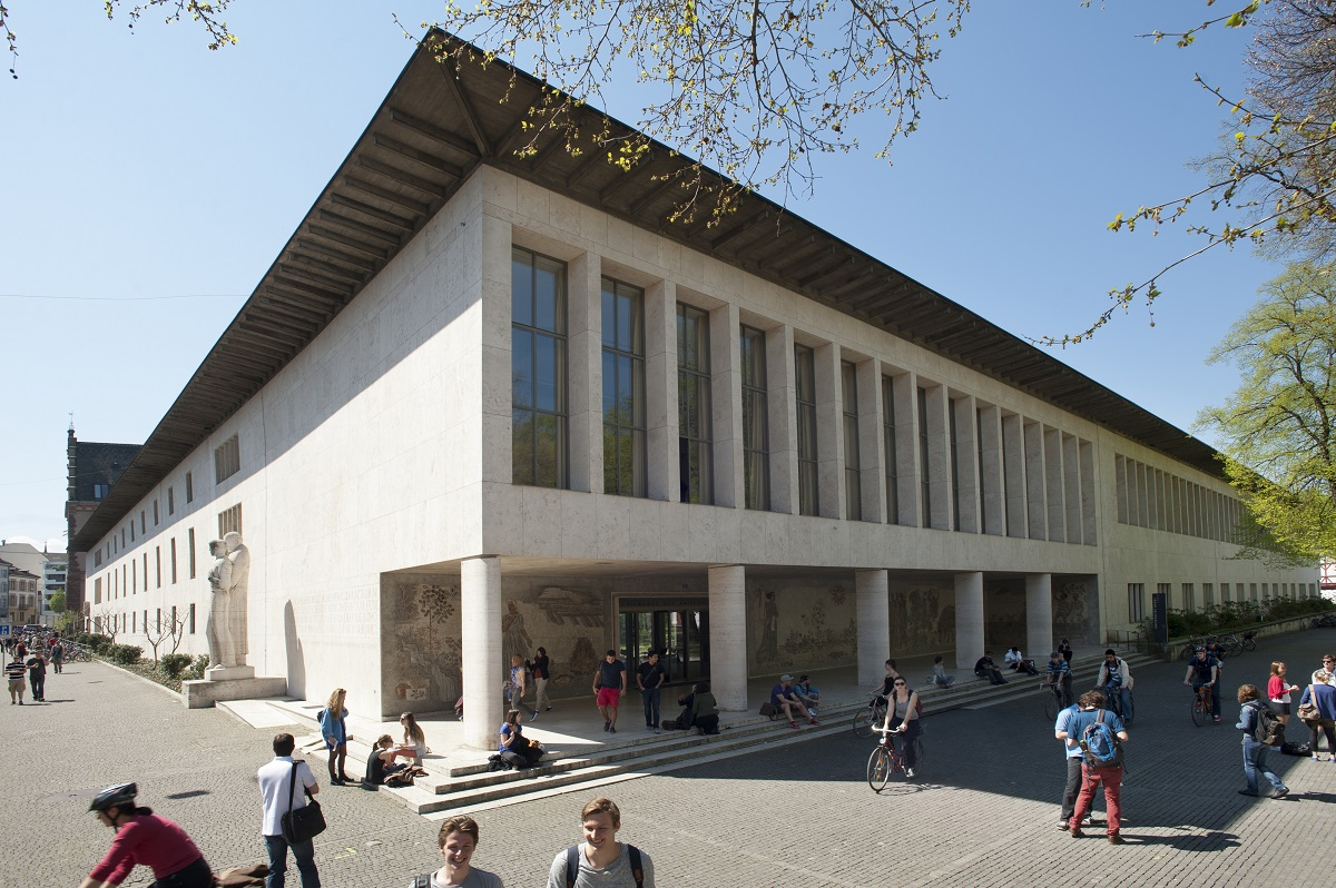 Kollegiengebäude, University of Basel, May 2013, by Christian Flierl